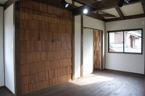 事務所 杉の壁